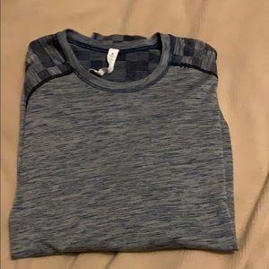 Lululemon Gray/navy checkered long sleeved shirt